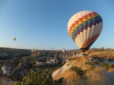 hot air balloons community